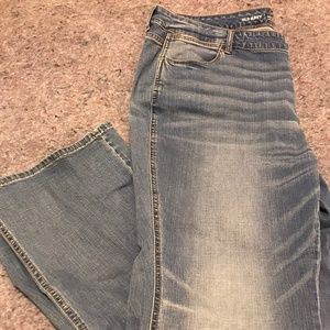 NEW LISTING BNWT Old Navy Microflare MidRise Jeans